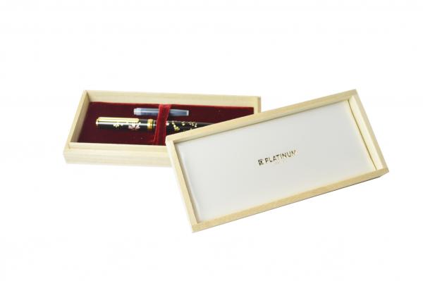 Platinum Maki-e Fountain Pen - Cherry Blossom