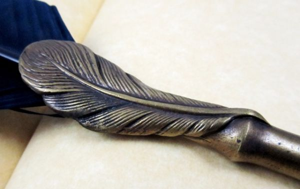 Dipping Pen with Quill - Feather Pattern
