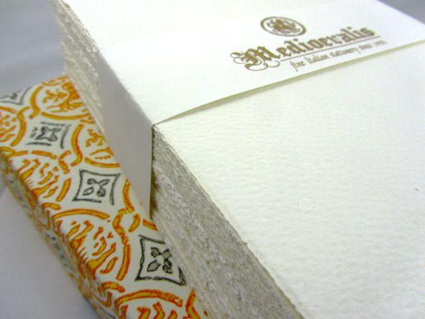 Rossi Medioevalis Paper