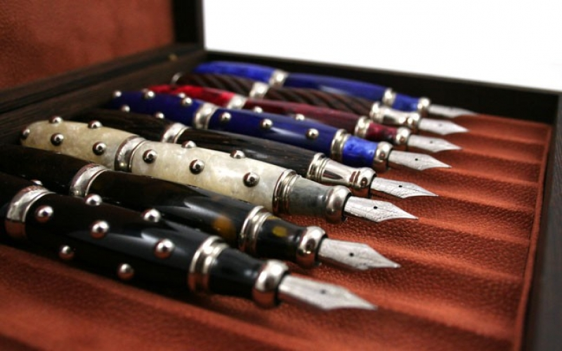 Featured Product: Atelier De La Foret 11 Pen Box
